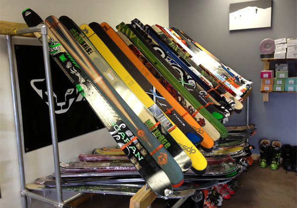 cripple-creek-store-skis