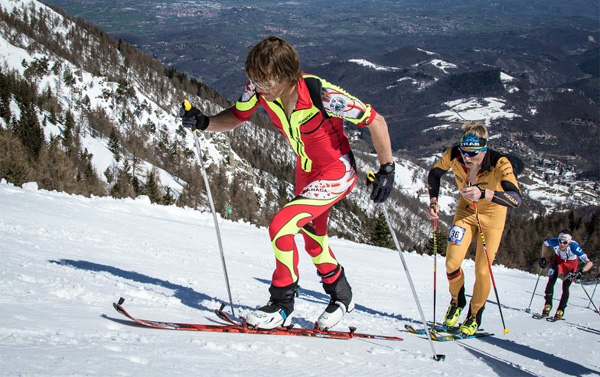 Nick Elson racing to 22nd in the vertical race.