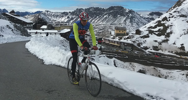 Riding the 2,757m high Passo Stelvio on a cold October day wearing the Aeros.